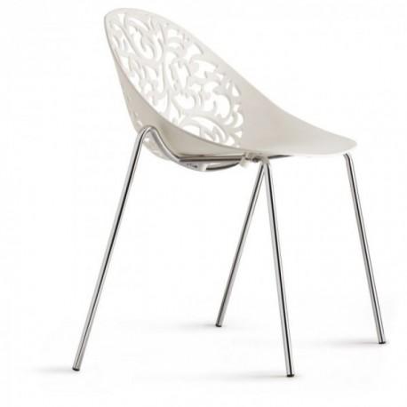 Chaise blanche Dosya